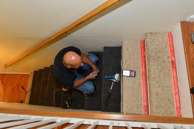 RTSV Volunteer Repairs Staircase